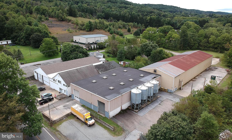 164 Seneca Road Property Photo
