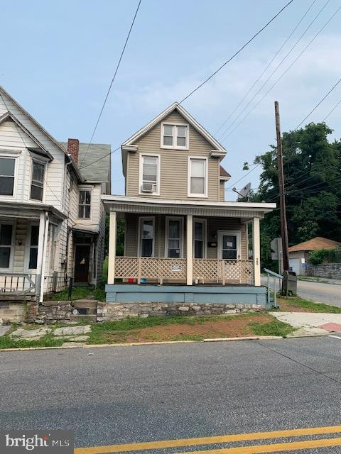 363 Pine Street Property Photo 1