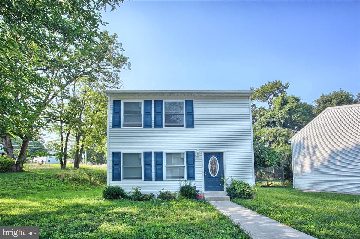 2407 Brown Street Property Photo 1