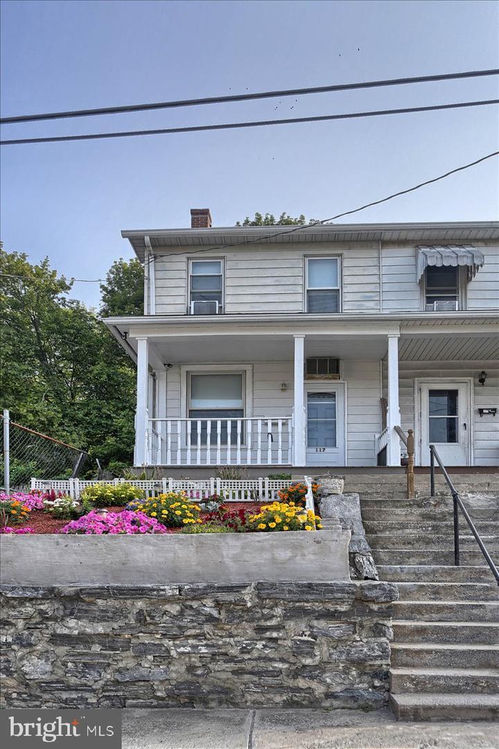 117 Penn Street Property Photo 1