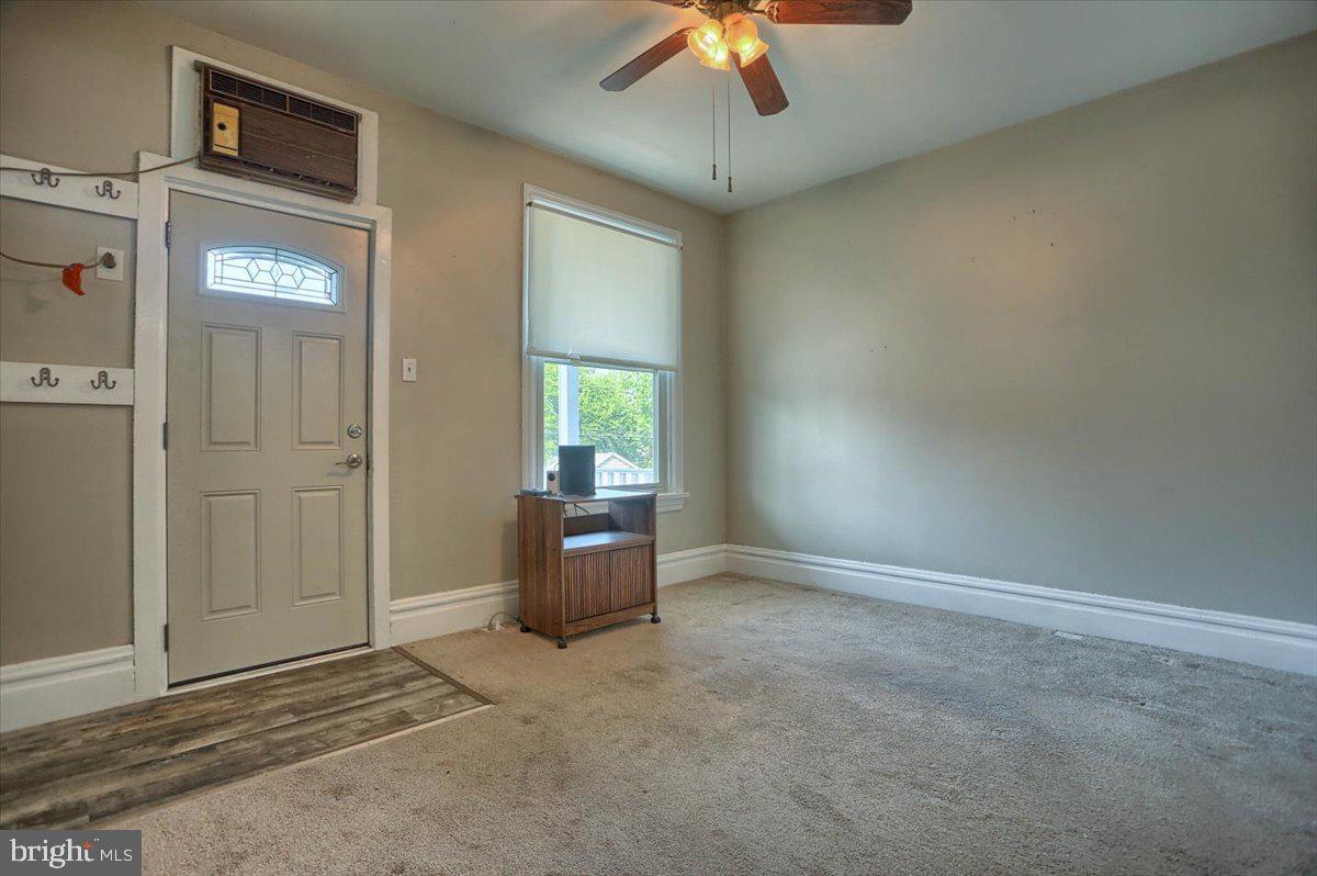 117 Penn Street Property Photo 5
