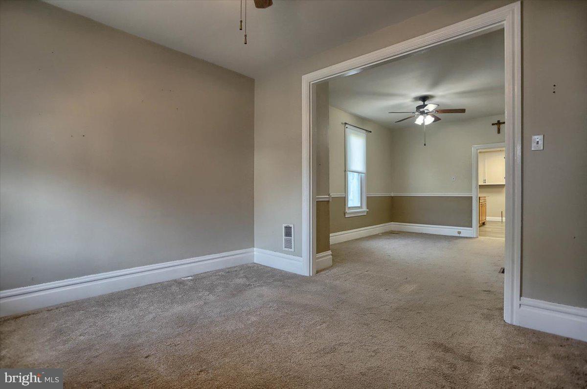 117 Penn Street Property Photo 6