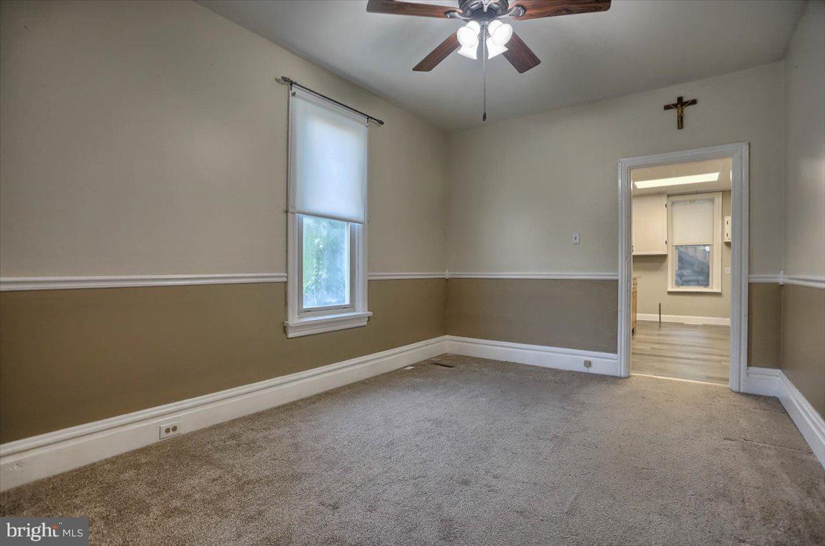117 Penn Street Property Photo 13