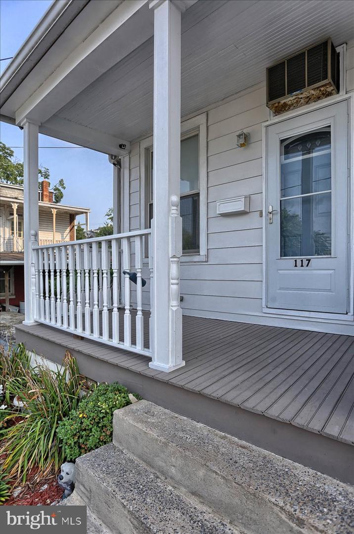 117 Penn Street Property Photo 38