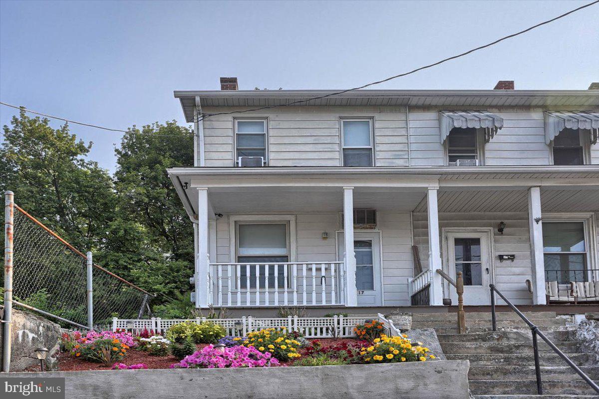 117 Penn Street Property Photo 39