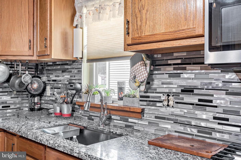 743 Chambers Street Property Photo 8