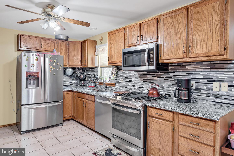 743 Chambers Street Property Photo 9