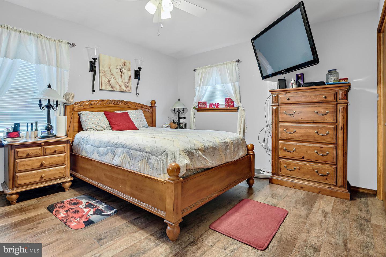 743 Chambers Street Property Photo 14