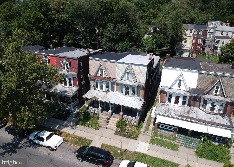 1342 State Street #apt 1 Property Photo 3