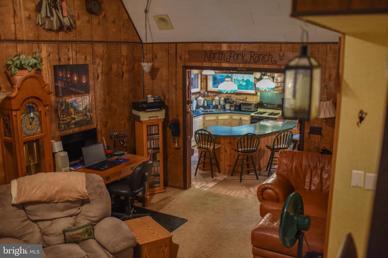 122 E Lake Valley Drive Property Photo 13