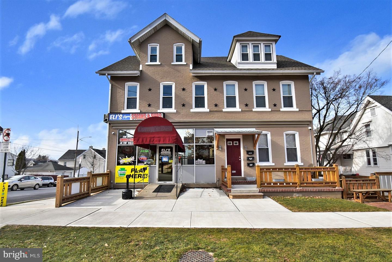 901 Center Street Property Photo