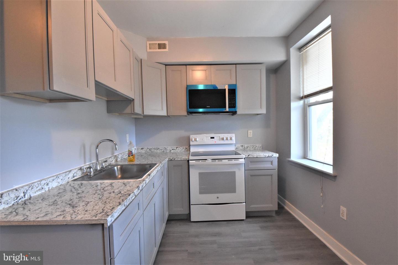 1227 W Susquehanna Avenue #3 Property Photo