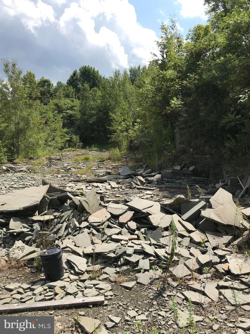 R.d.1 Property Photo 7