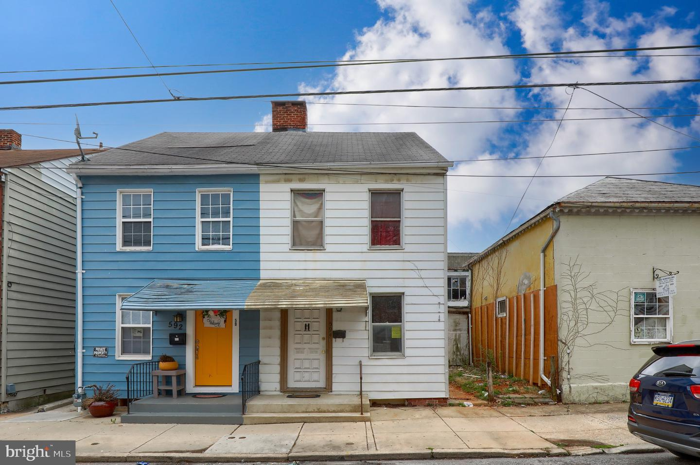 594 W PHILADELPHIA STREET Property Photo 1