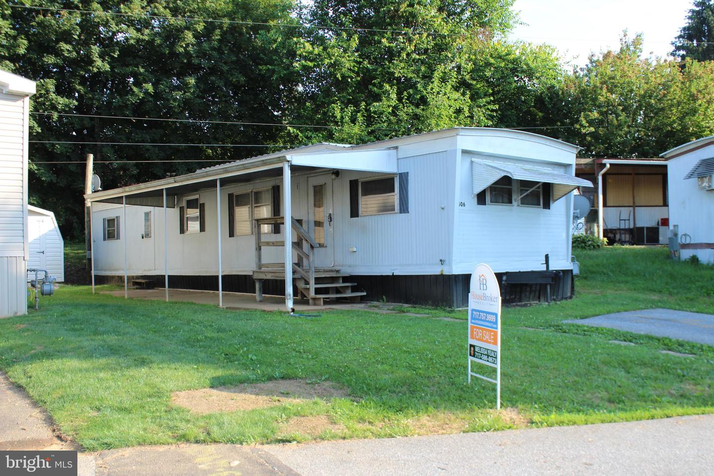 506 MIDDLEVIEW DRIVE Property Photo 1