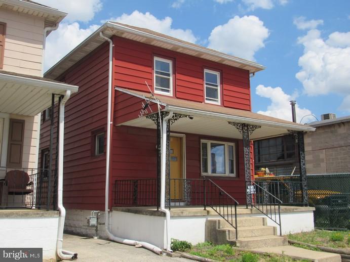 341 WARREN STREET Property Photo 1
