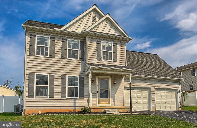 210 Jewel Drive Property Photo 1
