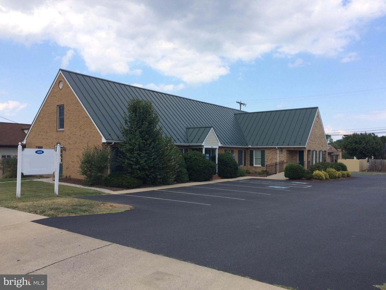 625 Virginia Avenue Property Photo