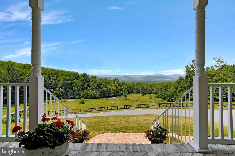 353 Parkside View Dr Property Photo