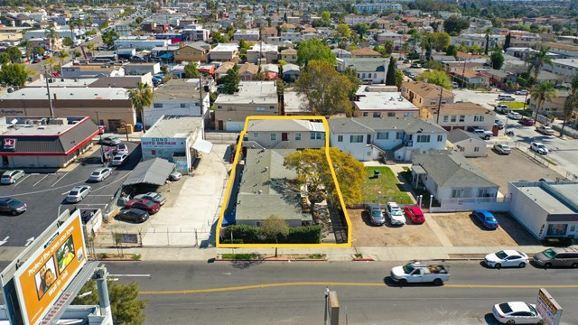 4321 Euclid Ave Property Photo