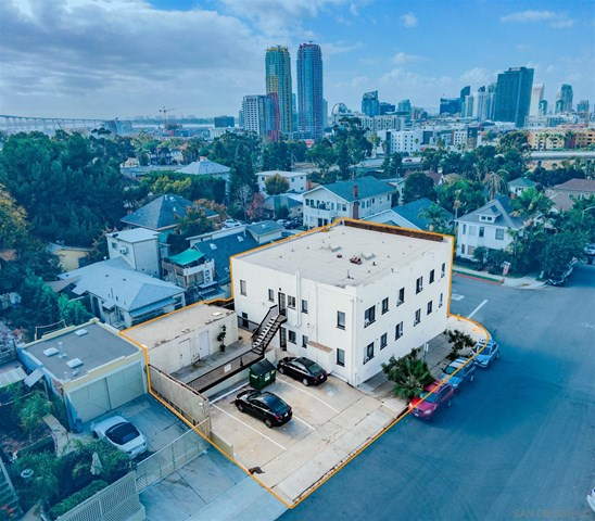 865 21st St Property Photo
