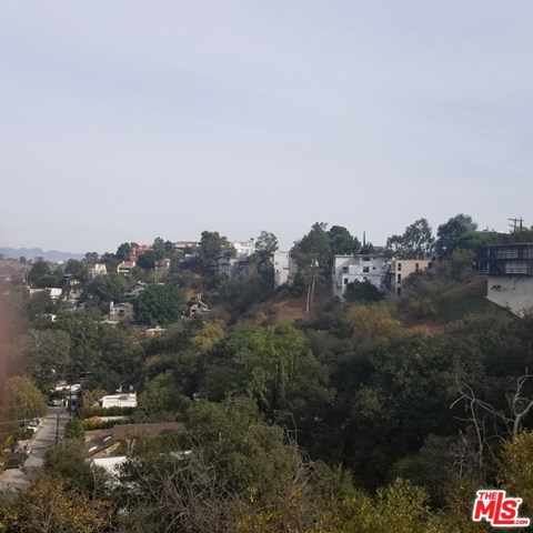 8461 Grand View Drive Property Photo