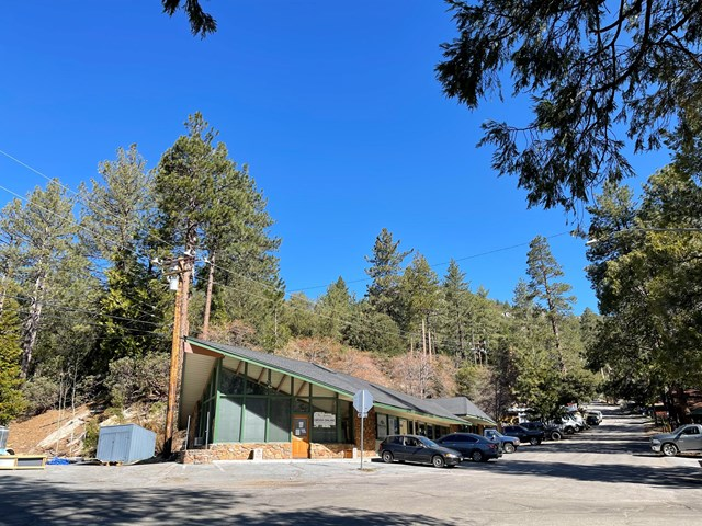 54960 Pine Crest Avenue Property Photo