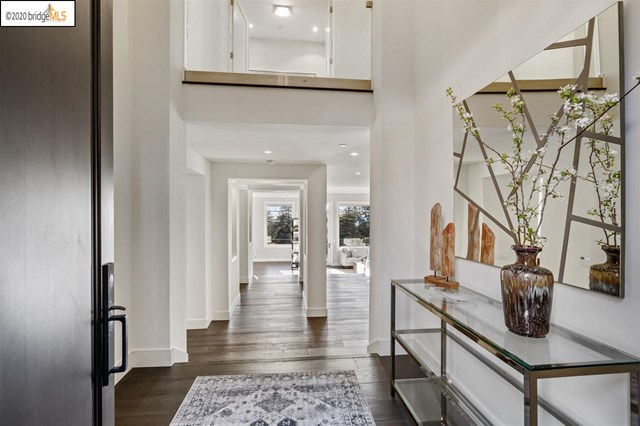 5614 La Salle Ave Property Photo