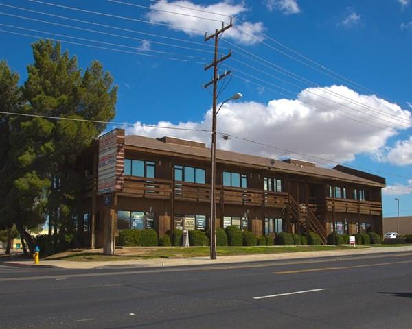 14359 Amargosa Road #m Property Photo