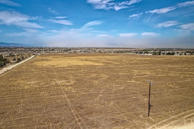 20144 Tussing Ranch Road Property Photo - Apple Valley, CA real estate listing