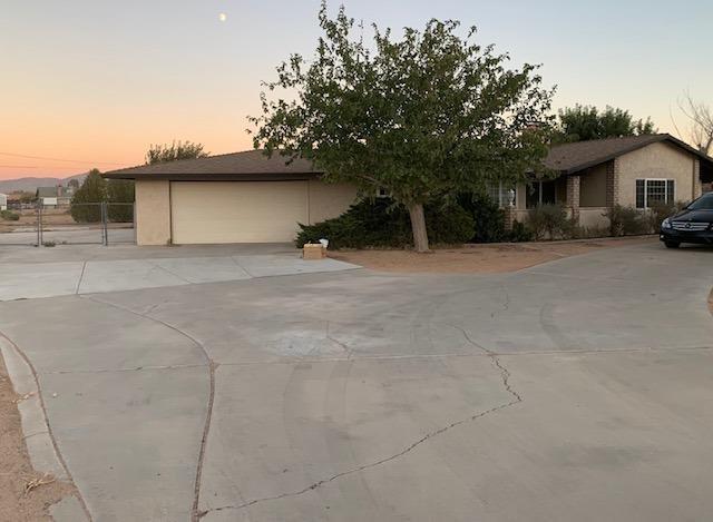 15615 Apache Road Property Photo
