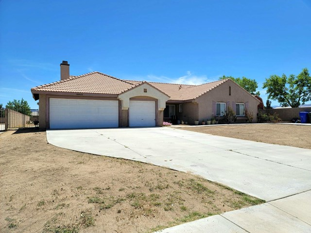 12915 Lompoc Road Property Photo - Apple Valley, CA real estate listing