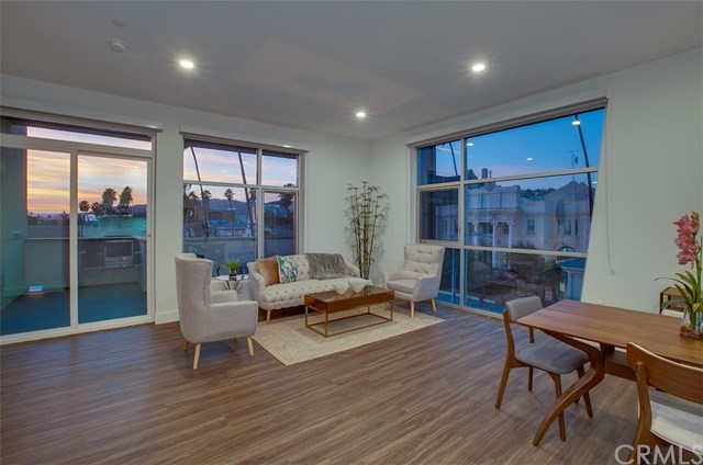 6630 W Sunset #303 Property Photo