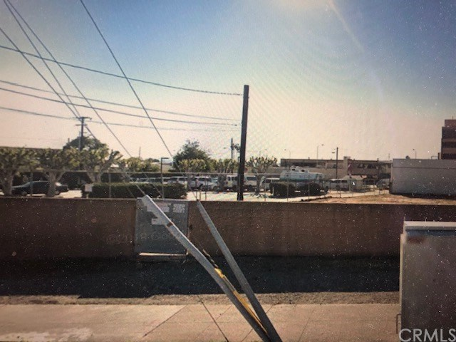 240 N Altadena Drive Property Photo