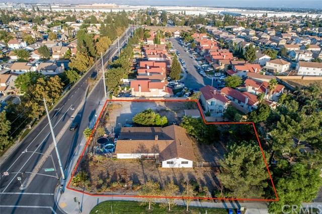 6911 Sierra Avenue Property Photo