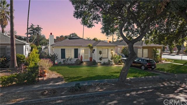 990 N Vinedo Avenue Property Photo
