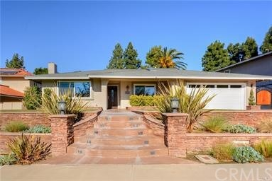 25601 Minoa Drive Property Photo