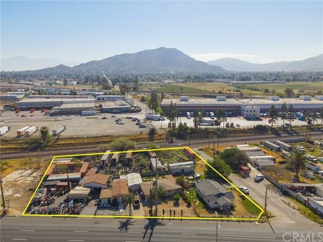 12229 La Cadena Drive Property Photo