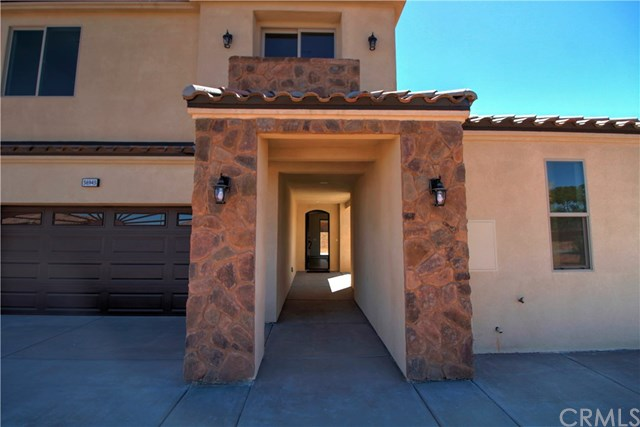 8689 N Monument View Drive Property Photo