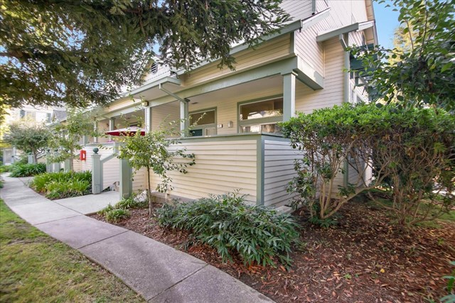 141 Claremont Terrace Property Photo