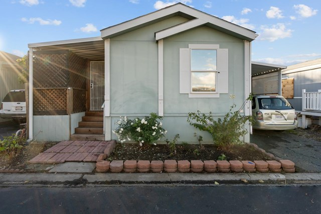 38 Eola Street #38 Property Photo