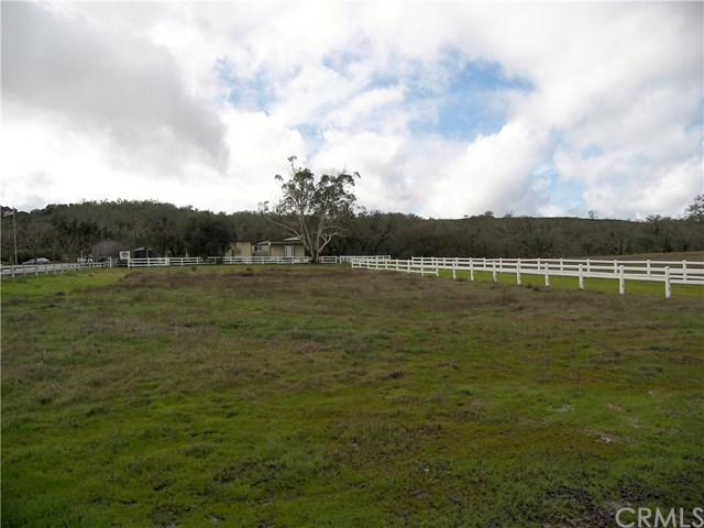 801 Oak Shores Drive Property Photo - Bradley, CA real estate listing