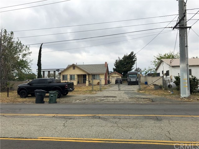 14586 San Bernardino Avenue Property Photo