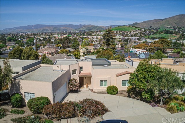 550 Stoneridge Drive Property Photo - San Luis Obispo, CA real estate listing
