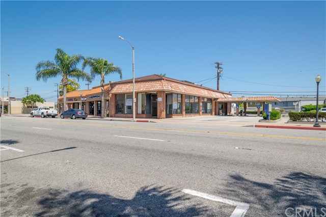 17046 Bellflower Boulevard Property Photo