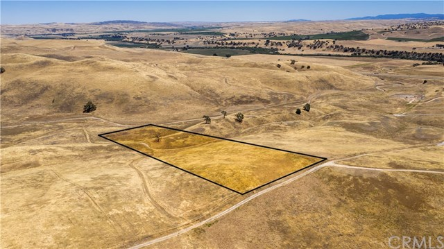 3755 Gruenhagen Flat Property Photo - Paso Robles, CA real estate listing