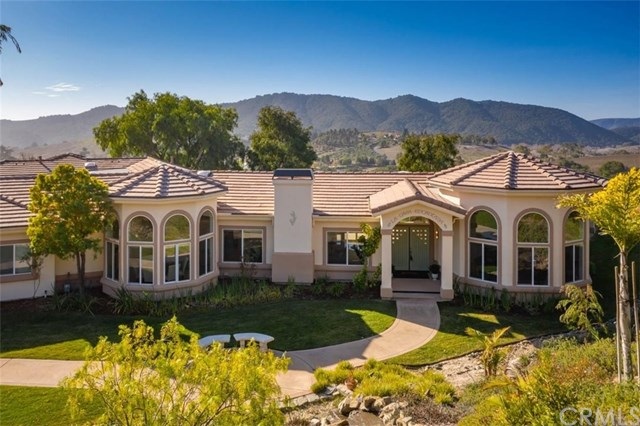575 Bassi Drive Property Photo - San Luis Obispo, CA real estate listing