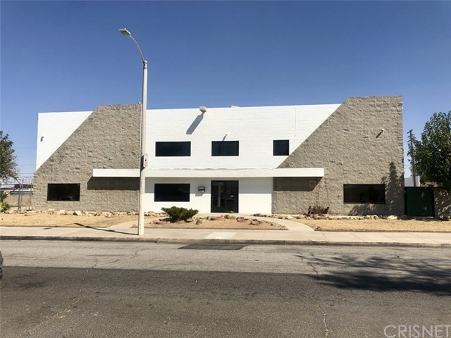44528 Beech Avenue Property Photo