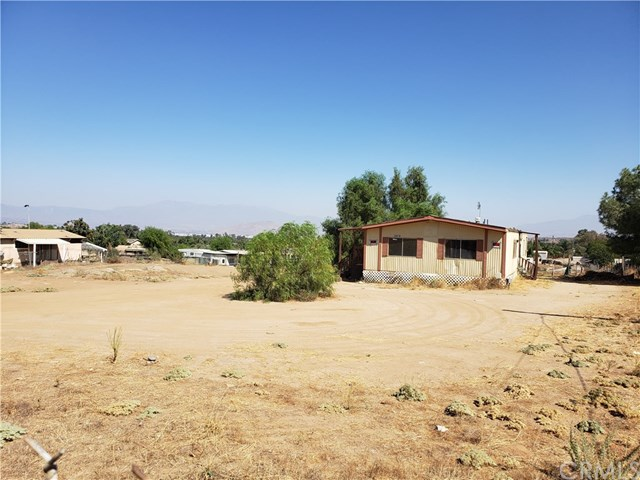 20870 Lee Rd. Property Photo