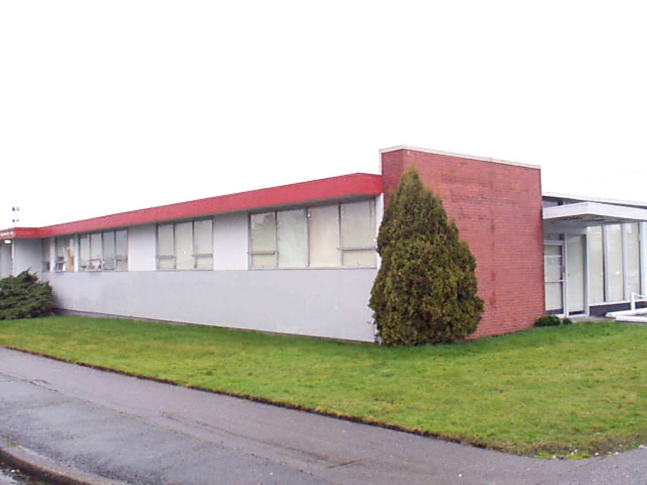 3848 S Pine St #main Level Property Photo